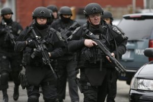 cops-march